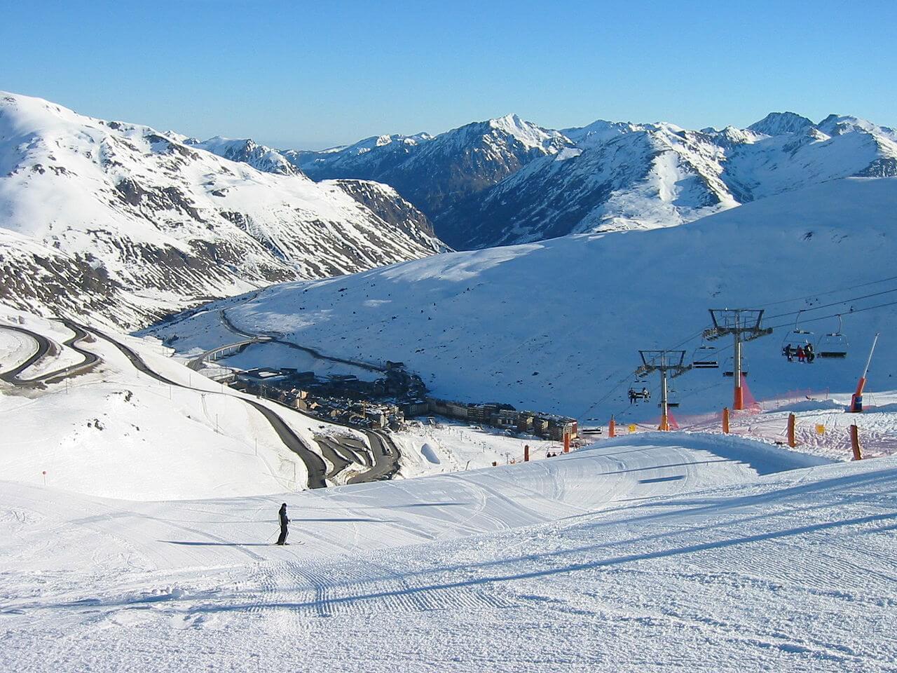 pas de la casa, andorra, skien in andorra, skien andorra, flowtrack snow