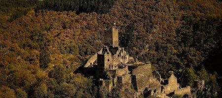 castle-1755360_1280